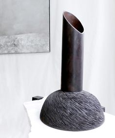 vases-and-table-sophie-dries-architect-for-le-paradox_dezeen_936_4
