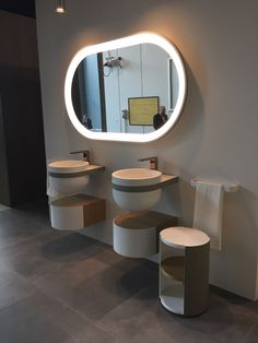 1000 ideas about oval mirror on pinterest mirrors wall - Large horizontal bathroom mirrors ...