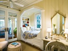 Window bed. Yes please.