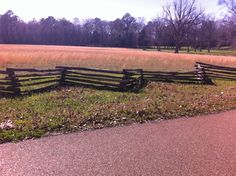 Split rail fence and open meadow on the Southern end of the Natchez Trace Parkway in spring. Split Rail Fence, Natchez Trace, Outdoor Furniture, Outdoor Decor, Spring Time, Scenery, Southern, Travel, Viajes