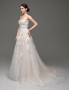 Sweetheart Sweep/Brush Train Wedding Dress (Tulle) – USD $ 131.99