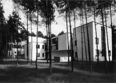 /Masters Houses in #Dessau Germany by Walter #Gropius 1926