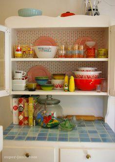 Vintage Kitchen ~ Love!