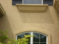 Waltex installs textured stucco coat to fit exterior design. Wall texture applied by contractor during stucco installation. Stucco Homes, Stucco Exterior, Exterior Design, Diy Pergola, Pergola Kits, Pergola Cover, Pergola Ideas, Stucco Colors, Exterior Colors