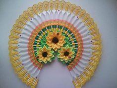 Cómo hacer abanicos decorativos con tenedores de plástico reciclados Plastic Spoon Crafts, Plastic Spoons, Recycle Plastic Bottles, Plastic Ware, Diy Arts And Crafts, Diy Craft Projects, Crafts To Make, Diy Crafts, Fork Crafts