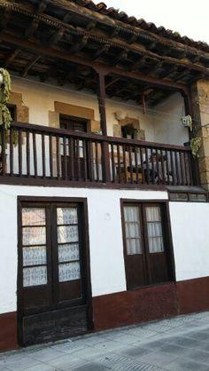 #Panes #PeñamelleraBaja #Asturias casa con #corrala