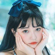 Pretty Korean Girls, Cute Korean Girl, Asian Girl, I Love Girls, Cute Girls, Girl Pictures, Girl Photos, Korean Eye Makeup, Ulzzang Korean Girl
