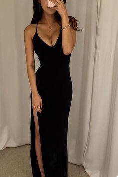 Side Slit Mermaid Long Custom Evening Prom Dress - Source by dedejeffson - Grad Dresses, Mermaid Prom Dresses, Ball Dresses, Formal Dresses, Mein Style, Black Prom, The Dress, Black Dress With Slit, Look Fashion