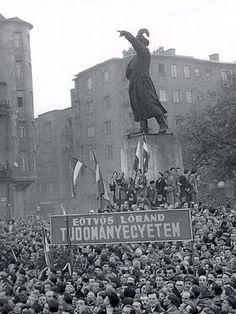 """""""...s együtemre dobbant a sok szív! Hű de szép!"""" - BUDAPEST 1956"""