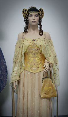 Amidala Meadow Picnic Gown Recreation
