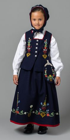 Precious Child ~ Barnebunad fra Lofoten