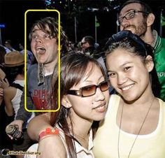 This guy, who could not hold back his excitement. | 16 Photobombers Who Made The Party