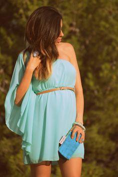 #mint #blue #green #lidiabedman #pregnant #look #blogger #zara http://www.lidiabedman.com/2013/08/vestido-aguamarina.html