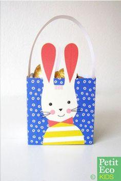 Super easy tiny easter baskets! Free printable: www.petitecokids.com/2013/03/free-easter-printable-kids-crafts-basket.html