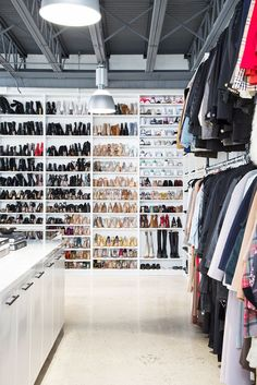 Monica Rose is one of the most in-demand stylists in Hollywood (Chrissy Teigen has her on speed dial). Step inside her closet designed by Lisa Adams. Bag Closet, Closet Space, Shoe Closet, Monica Rose, Dressing Room Design, Celebrity Closets, Celebrity Style, Master Bedroom Closet, Glam Room