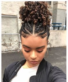 The best protective hairstyles for transitioning hair.- The best protective hairstyles for transitioning hair. The best protective hairstyles for transitioning hair. Natural Hair Transitioning, Transitioning Hairstyles, Natural Hair Care, Natural Hair Styles Protective, Natural Styles, Curly Natural Hair Styles, Braided Hairstyles Natural Hair, Natural Braids, Natural Beauty