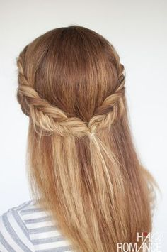 Reverse fishtail braid tutorial – two cute half up hairstyles to try