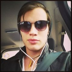Dominic Sherwood:  Off to set! #nightshoots