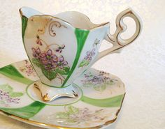 Vintage+Miniature+Teacup++Saucer.+Espresso.+by+NicoleNicoletta,+$22.00 Coffe Cups, Turkish Coffee Cups, Coffee Cups And Saucers, Tea Cup Saucer, Tea Cups, Coffee Time, Tea Time, Alice In Wonderland Room, Tea And Crumpets