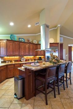 Kitchen Island Breakfast Bar Granite | ... Beautiful Wood Cabinets, Vaulted  Ceilings And