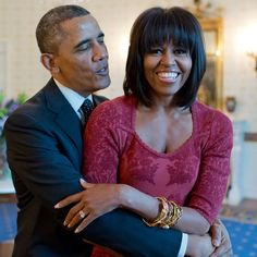 Michelle teases Barack Obama about his ears as couple read children's book together Barack Obama, Black Girls, Black Women, Presidente Obama, First Ladies, Foundation, Jimmy Carter, Singing Happy Birthday, Betty White