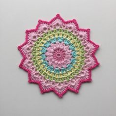 Little Cherry Blossom Mandala - Järbo Garn AB Crochet Mandala Pattern, Crochet Circles, Doily Patterns, Crochet Patterns, Crochet Home, Love Crochet, Beautiful Crochet, Crochet Garland, Crochet Doilies