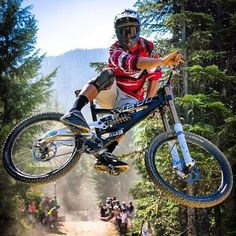 Look out! For more great pics, follow bikeengines.com #mountain #bike #race #yeti
