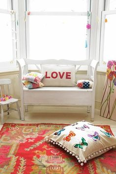 White and bright colours Colourful Lounge, Best Interior, Interior Design, Small Couch, London House, First Home, Living Spaces, Living Rooms, House Colors