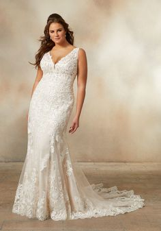 plus sized wedding dresses curvy bride Neckline Plus Wedding Dresses, Western Wedding Dresses, V Neck Wedding Dress, Fit And Flare Wedding Dress, Long Sleeve Wedding, Plus Size Wedding, Wedding Gowns, Modest Wedding, Champagne Wedding Dresses