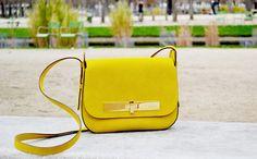 Sac Athène en suede Jaune #avrilgau #bags #shoes #springsummer2016
