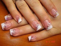 Love this different take on French Manicure.  It'd be great for those chunkier glitters I have.  #nailart