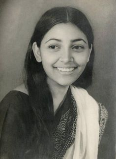 """bollywoodirect: """" For the best part of the eighties, Deepti Naval was the face of alternate cinema, along with the likes of Shabana Azmi, Smita Patil, Naseeruddin Shah & Om Puri. One of the most talented actresses of all times Deepti Naval has. Indian Bollywood Actress, Indian Actresses, Most Beautiful Indian Actress, Beautiful Actresses, Deepti Naval, Prince Girl, Bollywood Pictures, Famous Pictures, Cute Boys Images"""