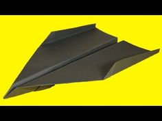 How to make a Paper Airplane - BEST Paper Planes in the World: Origami Avion en Papier Origami Airplane, Make A Paper Airplane, Shuriken, Origami Jet Fighter, Best Paper Plane, Paper Napkin Folding, Recycled Paper Crafts, Origami Paper Art, Diy Papier