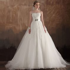 gorgeous wedding dresses | Vintage Wedding Dresses