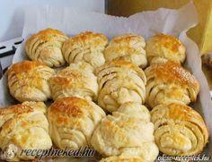Érdekel a receptje? Kattints a képre! Hungarian Recipes, Hungarian Food, Croissant, Scones, Cookie Recipes, Rolls, Sweets, Bread, Cheese
