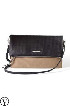 Looking for the ultimate convenience in your designer crossbody bags? Try our Waverly Petite black crossbody bag that folds into a clutch from Stella & Dot. www.stelladot.com/samanthapunke