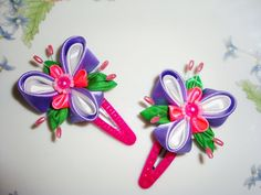 Kanzashi fabric flowers. Set of 2 clips. Clip white and violet. Beautiful hair accessories.