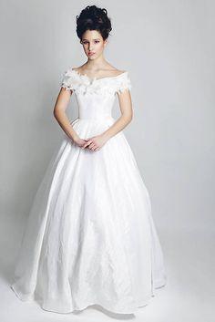ceccilia / Svadobné šaty Biela Sedmikráska