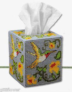 HUMMINGBIRD  TISSUE BOX COVER PLASTIC CANVAS  PATTERN