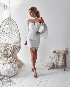 Sexy Formal Dresses, Elegant Dresses, Cute Dresses, Long Dresses, White Holiday Dress, Holiday Dresses, Model Outfits, Fashion Outfits, Civil Wedding Dresses