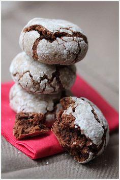 Craquelins chocolat-noisette - Testé et à améliorer : gâteaux très durs, attention à ne pas trop cuire mais vraiment très bon !