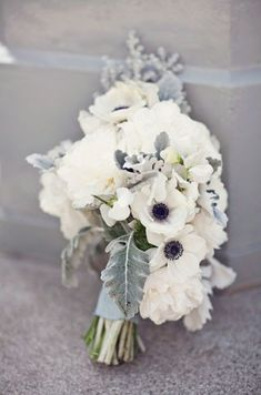 Gorgeous gray wedding bouquet #weddings #flowers #grayweddings