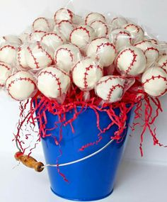 Super cute idea for a the next time I do a baseball party - maybe do these cake pops in place of the cookies or the cupcakes? Baseball Birthday Party, 1st Birthday Parties, Boy Birthday, Birthday Ideas, Baseball Themed Baby Shower, Softball Party, Half Birthday, Theme Parties, Baseball Cake Pops