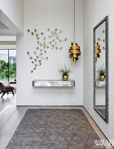hallway decorating 557883472585028166 - 18 Outstanding Ideas For Decorating Stylish Hallway Source by barefootislandc Decor, House Design, Home Decor Accessories, Room Design, Lobby Design, Hall Decor, Entryway Decor, House Interior, Apartment Decor