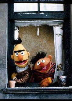 epi y blas Sesame Street Muppets, Sesame Street Characters, Bert Sesame Street, Kermit, Die Muppets, Poste Radio, Sapo Meme, Bert & Ernie, Fraggle Rock