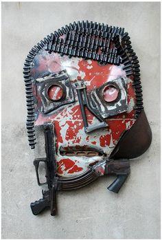 Gonçalo Mabunda -Sans titre, 2009 Matériaux divers 96 x 63 x 12 cm
