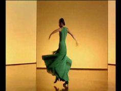 Carlos Saura - Flamenco - Dancing Belén Maya ,Joaquin Grilo / guiar: Tomatito / singers: Duquente,Potito . Really appriciate that modern touch...bonita !