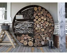 You need a indoor firewood storage? Here is a some creative firewood storage ideas for indoors. Lots of great building tutorials and DIY-friendly inspirations! Into The Woods, Outdoor Living, Outdoor Decor, Indoor Outdoor, Outdoor Projects, Diy Projects, Sweet Home, Home And Garden, House Design