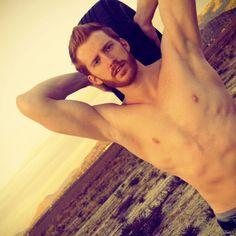 FUCKING YES. He is the hottest guy of the week.  officialguysidfuck:    #ginger