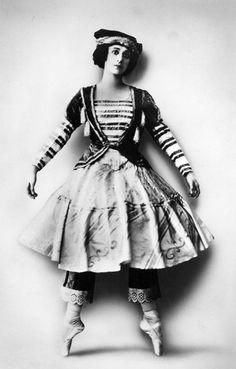 "Tamara Karasavina as the doll in the ballet ""Petrouchka"" c.1910   #ballet #art #dance"
